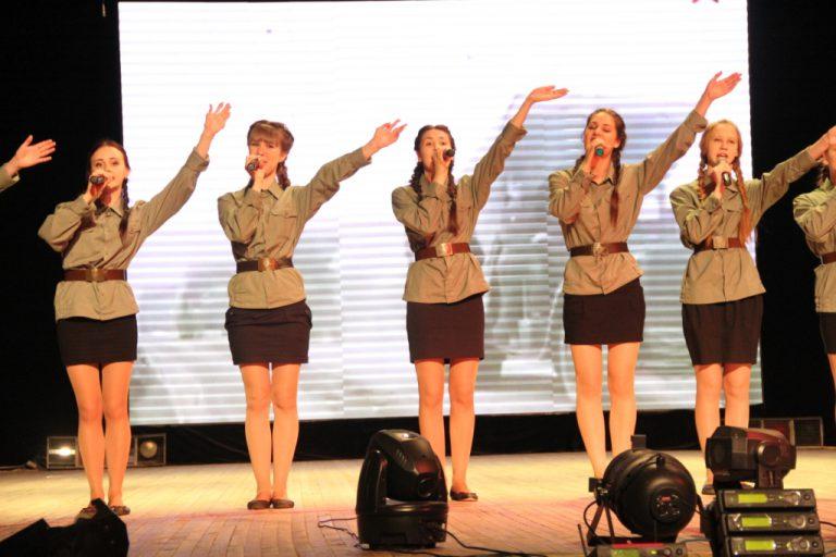 Песня в солдатской шинели