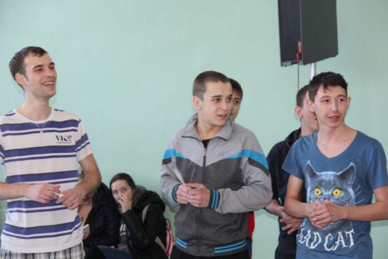 Военно-спортивные соревнования, посвящённые Дню Защитника Отечества «Гордись  Защитником Отечества!»