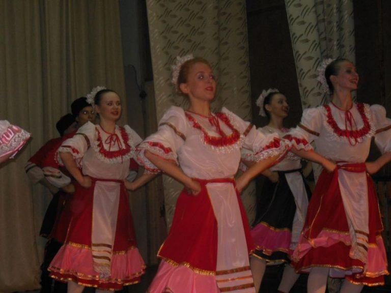 Концерт творческих коллективов колледжа культуры  для жителей посёлка Волочаевка – 2