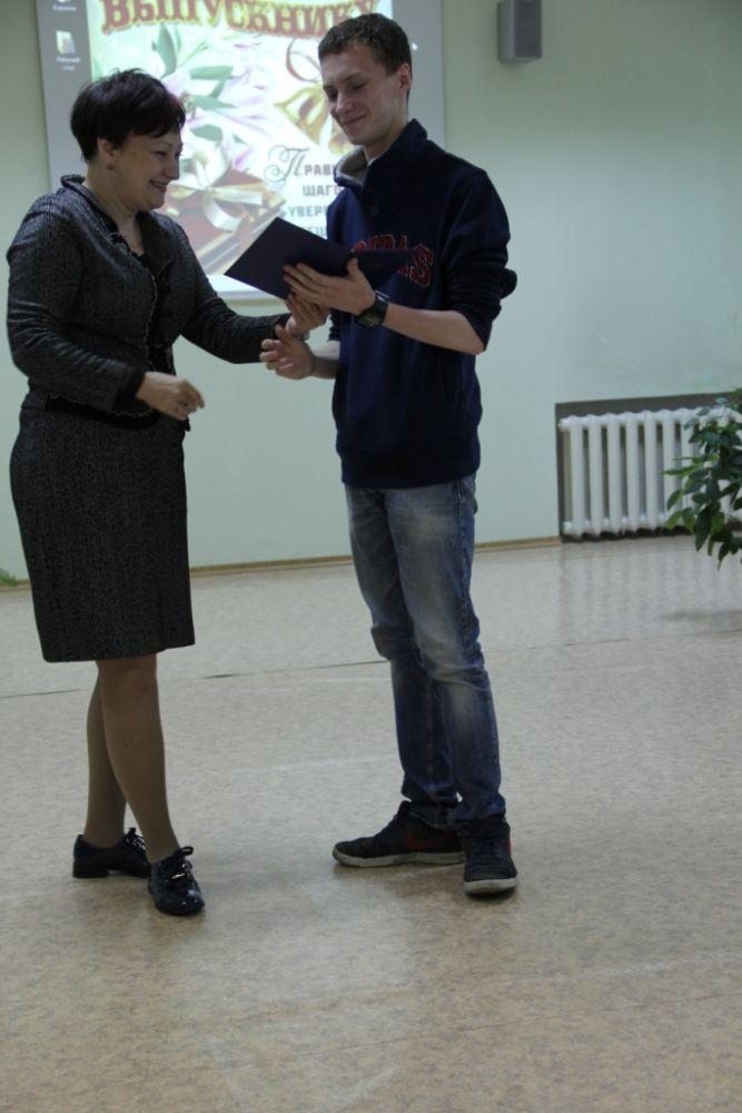 Вручение дипломов студентам специальности «Социально-культурная деятельность»