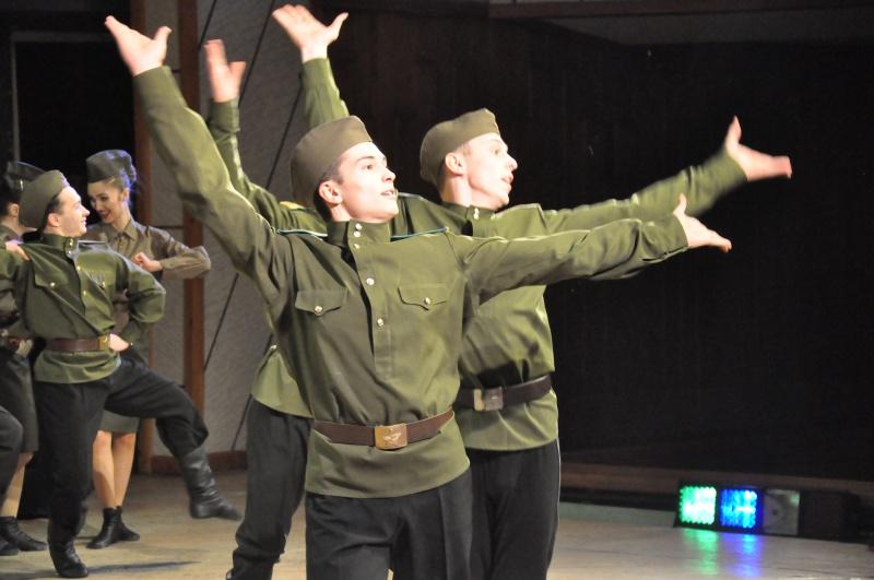 Ансамбль танца «Овация» принял участие в торжественном мероприятии, посвящённом Дню защитника Отечества