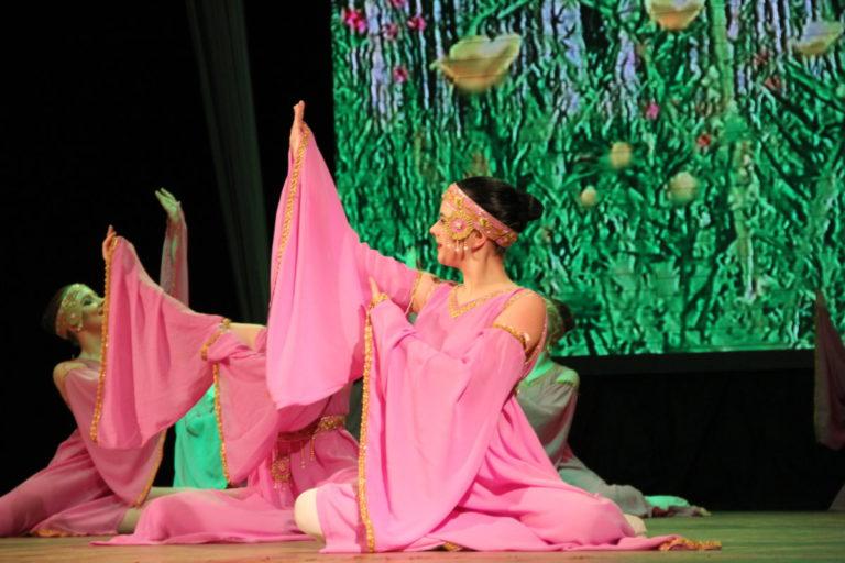 Отчетный концерт ансамбля танца «Овация» —  «ПОД  ВАШИ ОВАЦИИ…»