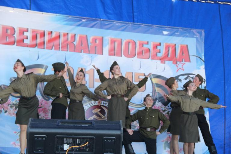 Студенты колледжа приняли участие в праздновании Дня Победы