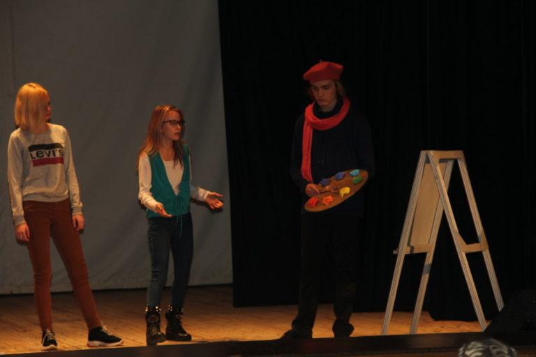 «Мысли творческого человека» Посвящение в студенты в колледже культуры и искусств
