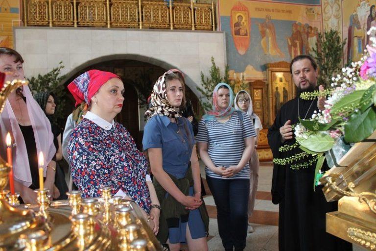 Студенты колледжа узнали об особенностях русской иконописи
