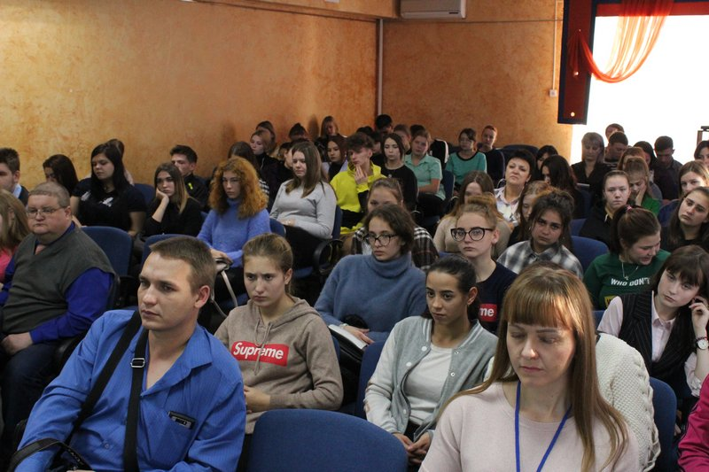 Студенты колледжа приняли участие в информационно-правовой встрече в Центре «МОСТ»