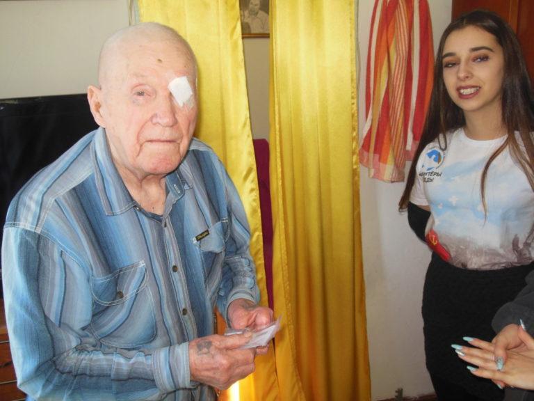 Студенты колледжа — волонтеры  Победы встретились с ветеранами Великой Отечественной войны
