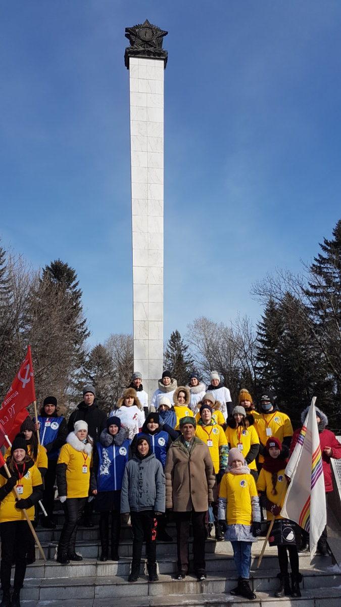 Волонтеры колледжа приняли участие в акции «Защитим память героев»